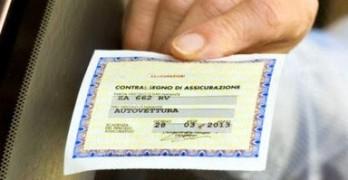 Dal 18 Ottobre addio all'esposizione del tagliandino assicurativo.