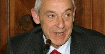 Video-Intervista all'On.Umberto Del Basso De Caro, attuale Sottosegretario di Stato alle infrastrutture