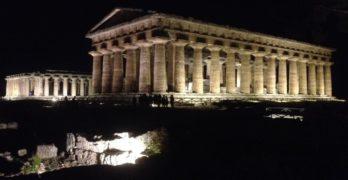 """""""Paestum By Night"""" dal 6 luglio al 27 agosto, la possibilità di passeggiare tra i templi di notte"""