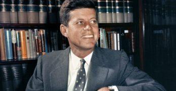 USA: desecretati 2800 file sull'assasssinio del Presidente J.F.Kennedy