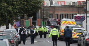 Paura a Londra, auto falcia pedoni nei pressi del National History Museum