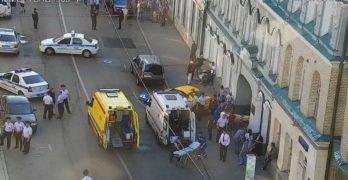 Taxi sulla folla a Mosca, 7 feriti