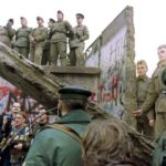 Berlino, 30 anni fa il crollo del muro