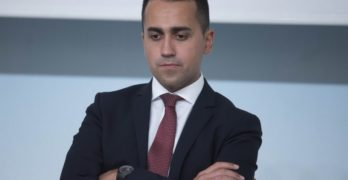 M5S, Di Maio cede la leadership