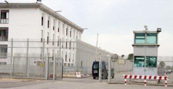 Caos al carcere di Taranto, sospesa la direttrice